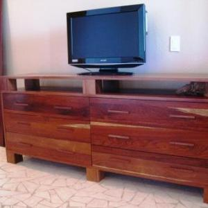 Harwood Bedroom Dresser with Drawers